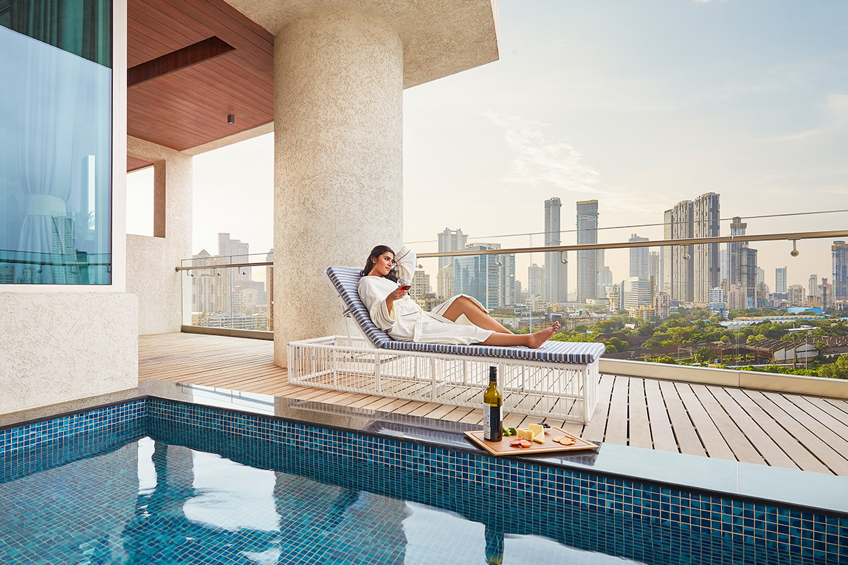 Swimming Pool Flats in Mumbai